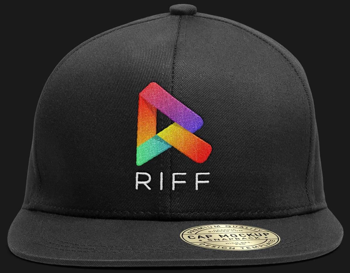 R Logo Front